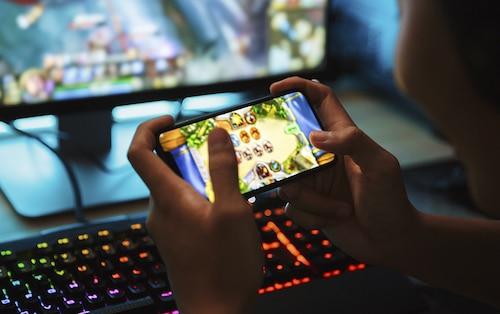 Mơ thấy chơi game đánh lô đề con gì?