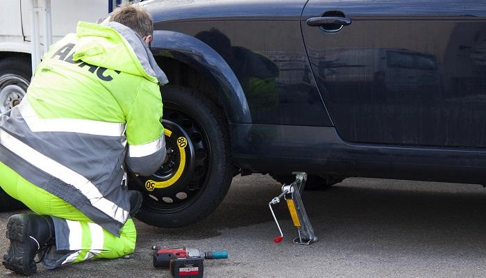 Điềm báo bí ẩn từ giấc mơ thấy lốp xe bị hỏng