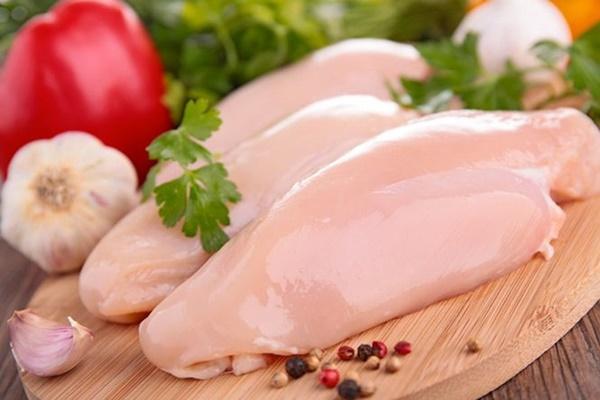 Ngủ mơ thấy thịt gà là số mấy – Giải mã giấc mơ thấy thịt gà
